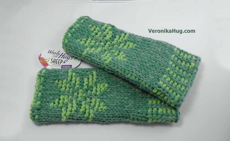 Woolly_Hugs_SHEEP Armstulpen_NORDIC_Veronika_Hug