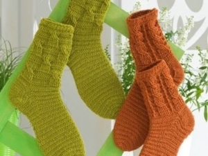 Socken Haekeln Mit Zopfmuster 363x450